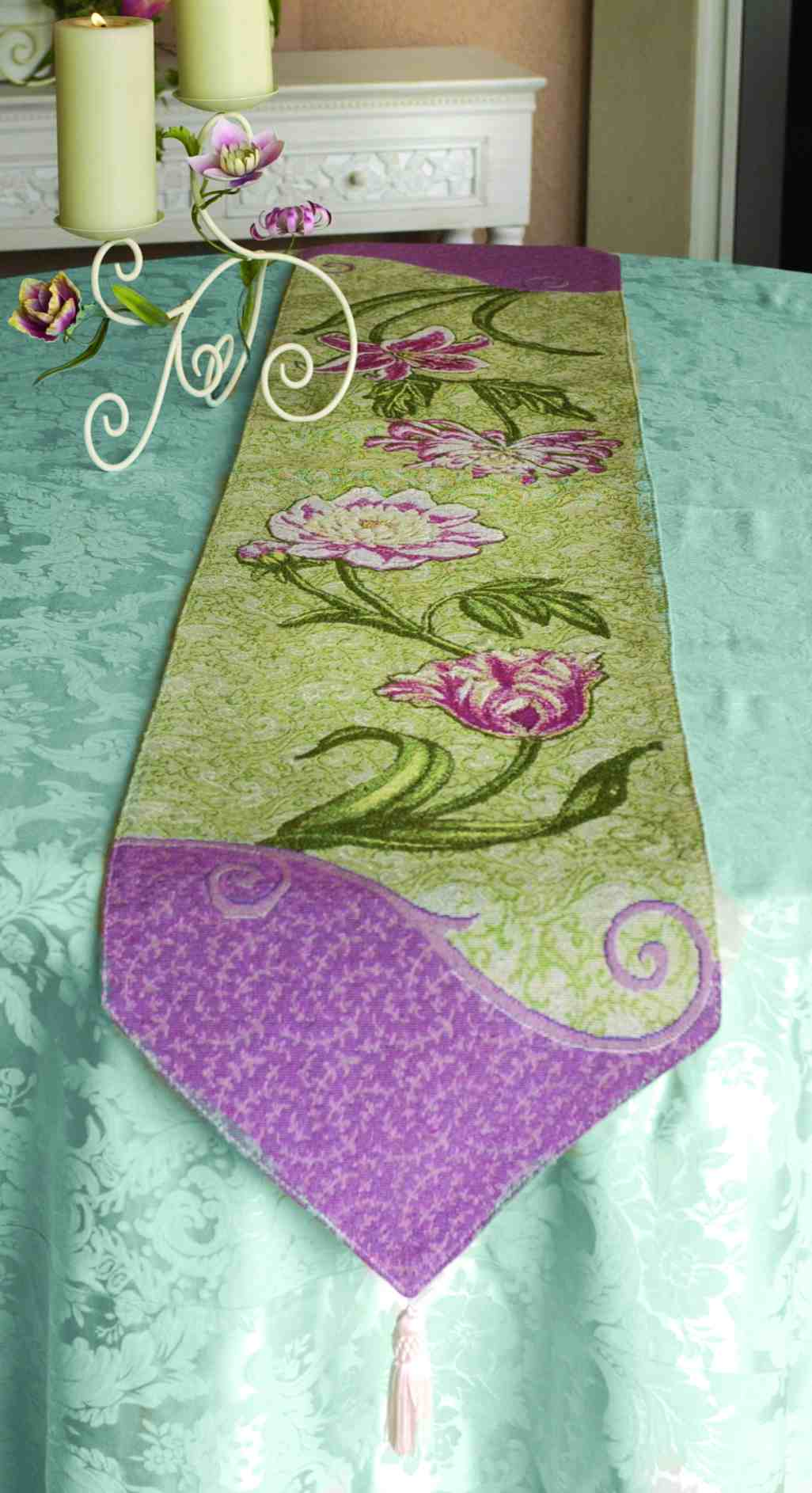 Stately Floral - Table Runner with tassels